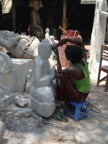 ミャンマーの大理石