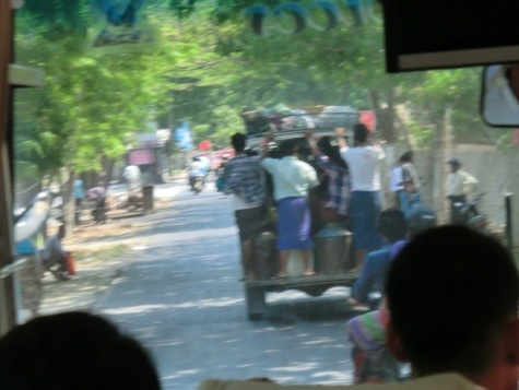 ミャンマーの人々