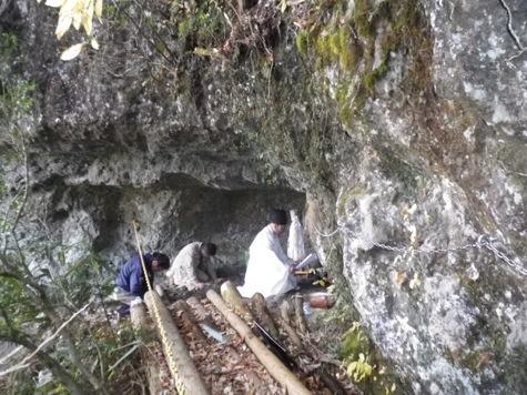 洞窟に観音様③工事着工