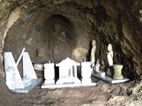 洞窟に観音様④完成
