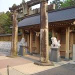 健軍神社へ狛犬。